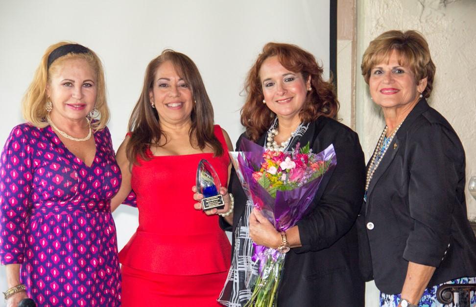Myrna Betancourt, 2015 Miami-Dade County Teacher of the Year award